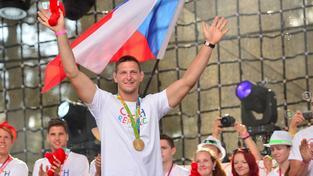 Judista Lukáš Krpálek si slávu olympijského vítěze náležitě užívá