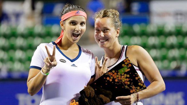 Barbora Strýcová získala s Indkou Saniou Mirzaovou druhé deblové vítězství ze tří startů