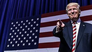 Zeman přirovnal Trumpa k Reaganovi. Podívejme se, nakolik se prezident trefil či nikoli