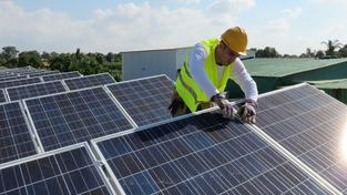 Ztráta státní podpory se týká i solárních elektráren (Ilustrační snímek)