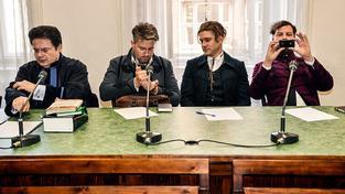 Členové umělecké skupiny Ztohoven u soudu