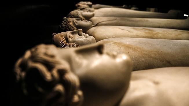 Národní muzeum v Bejrútu má mimo jiné kolekci 31 antropoidních sarkofágů, která patří mezi nejdůležitější sbírky svého druhu na světě