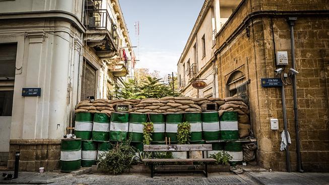Hlavní město Kypru Nikósie je poslední rozdělenou metropolí v Evropě