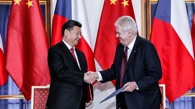 I když má prezident Miloš Zeman s Čínou vřelé vztahy, jeho prohlášení v čínské zprávě nebylo pravé