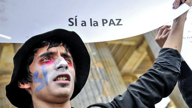 Kolumbijští poslanci schválili novou mírovou dohodu s povstalci