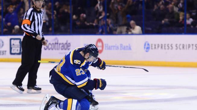 Dmitrij Jaškin si mohl po dlouhé době vychutnat radost ze vstřeleného gólu v NHL