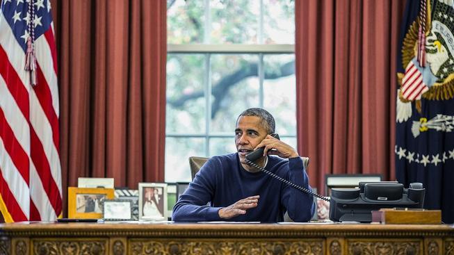 U politických telefonátů není prezident nikdy sám...