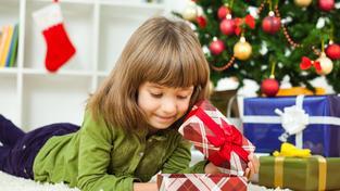 Vánoce česky a hravě: přinášíme tipy z největší 'továrny na hračky' v Česku