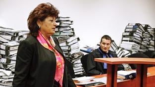 Jana Vaňhová u soudu, který se zabýval vraždou jejího partnera Romana Housky