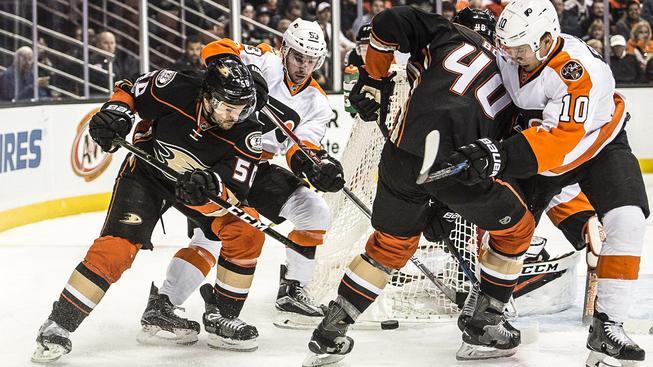 Flyers podlehli Anaheimu po samostatných nájezdech 3:4