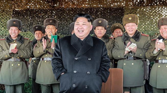 Když diktátor přežije první dva roky vlády, má reálnou šanci, že povládne až do stáří. Kim Čong-un už stojí v čele KLDR pět let