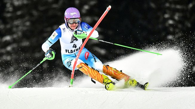 Strachová naposledy chyběla v první desítce slalomu loni v Záhřebu, kde vypadla ve druhém kole