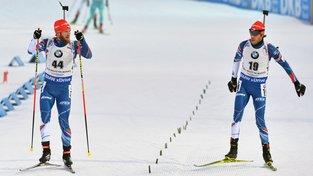 Čeští biatlonisté Michal Šlesingr ani Jaroslav Soukup se ve společné štafetě medaile nedočkali