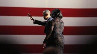 Barack Obama s manželkou Michelle během svého rozlučkového projevu