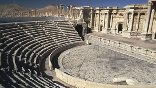 Islamisté zničili amfiteátr v Palmýře z 2. století