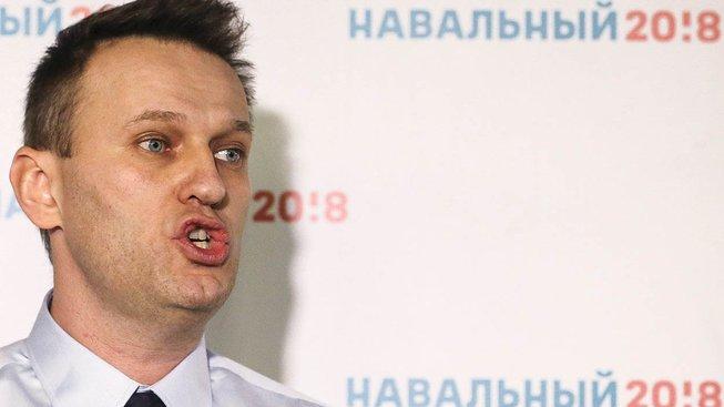 Odsouzení za korupci Alexeji Navalnému znemožní kandidaturu na ruského prezidenta