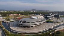 Kuriózní čínská budova ve tvaru lodi Enterprise