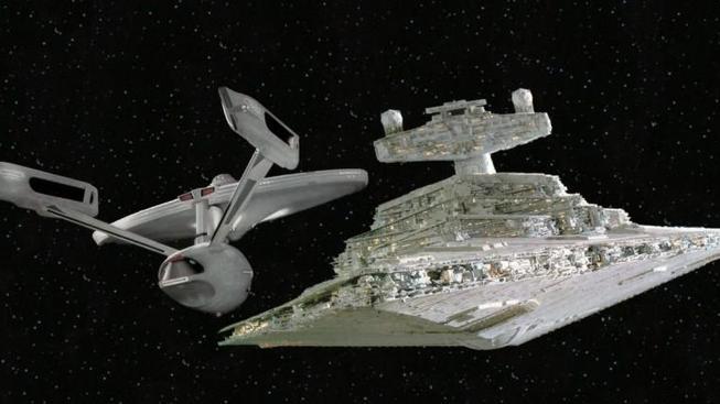 Jak by vypadal mix Star Wars a Star Treku z 80. let