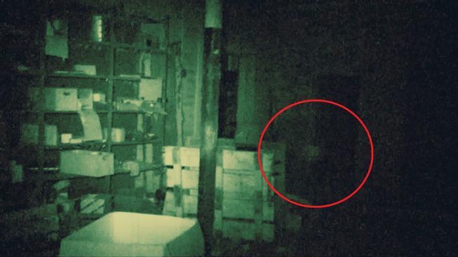 Vyděšený streamer slyšel podivné zvuky, ačkoliv byl v domě sám. Podívejte se, jak to celé dopadlo.