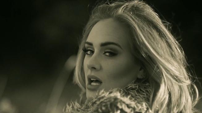 Písnička Hello od Adele nazpívaná hláškami z filmů