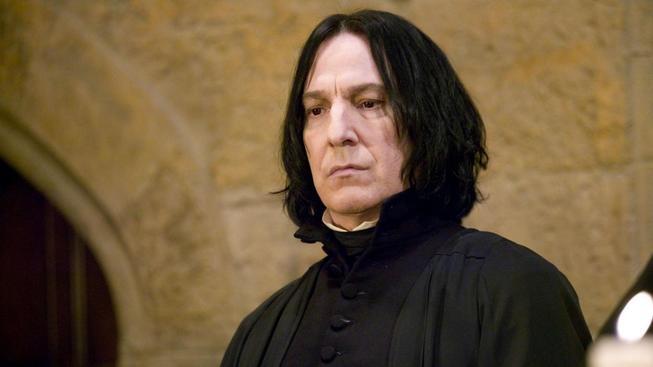 Z tohohle videa vám bude zatraceně smutně - tragický příběh Severuse Snapa