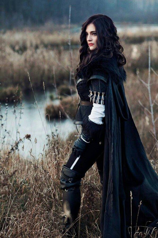 Yennefer cosplay