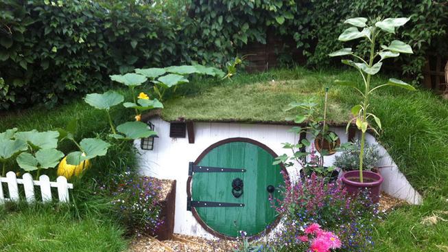 Vytvořte si na zahradě vlastní hobití noru!