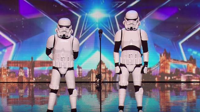 Výborní tancující stromtroopeři dobyli Británii, dostali se až do finále talentové soutěže