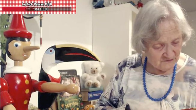 Německá babička čte na Twitchi pohádky