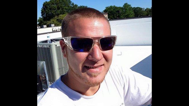 Streamer zemřel vyčerpáním při 24 hodinovém streamu