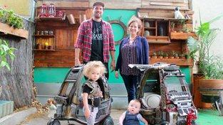 Tatínek přestavěl dětská autíčka pro svoje děti na šílené vozy z Mad Maxe!
