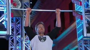 Arrow přijal výzvu v American Ninja Warrior a zvítězil na celé čáře