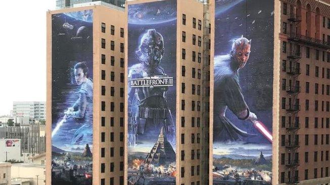 Jak vznikají obrovské obrazy na slavných třech budovách v Los Angeles nejen při E3?