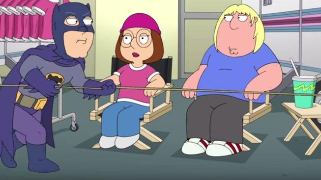 Adam West, legendární představitel Batmana, se dočkal 8minutového videa z Family Guy
