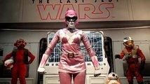 Oscarová herečka Lupita Nyong'o  běhala v cosplayi růžového strážce vesmíru po Comic-Conu