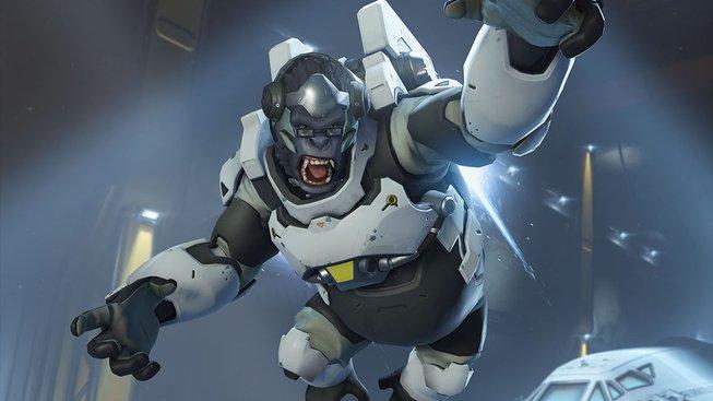 Poslechněte si Shape of You zazpívané Winstonem z Overwatch
