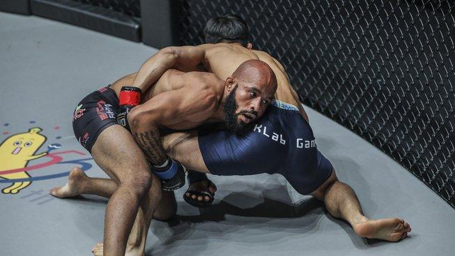 ONE Championship: A New Era nabídla skvělou show s dvěma ex-šampiony UFC