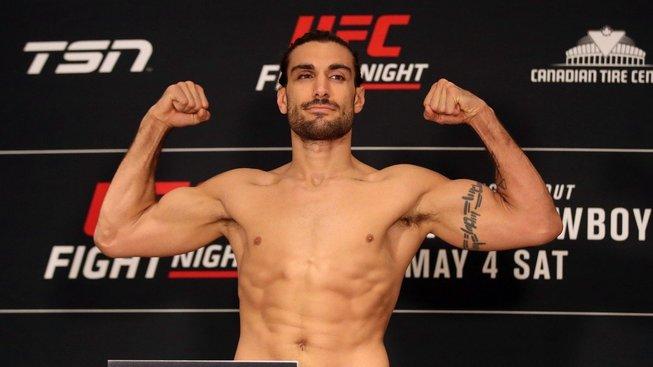 UFC nečekaně rozvázala smlouvu s Eliasem Theodorouem a dalšími bojovníky