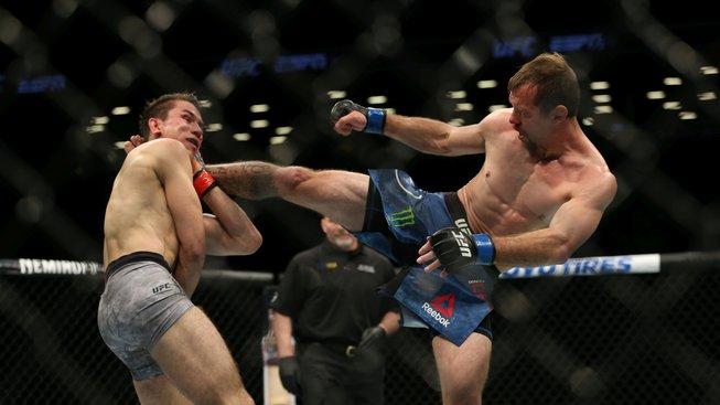 Jak může Cerrone porazit McGregora? Bývalí šampioni pro něj mají cennou radu