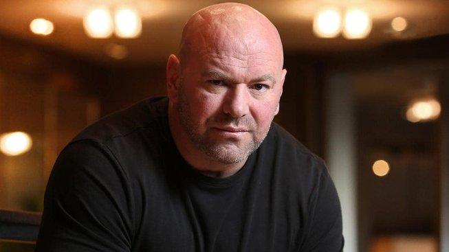 Šéf UFC podepsal nový, desetiletý kontrakt a rád by koupil tým v NFL