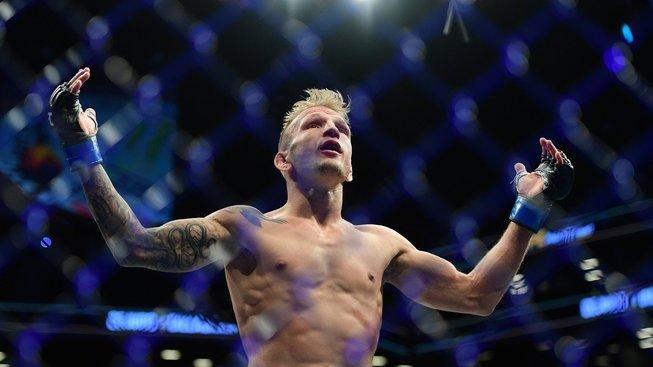 Dopingový hříšník a bývalý šampion UFC Dillashaw si to v květnu rozdá s rostoucí hvězdou bantamové váhy