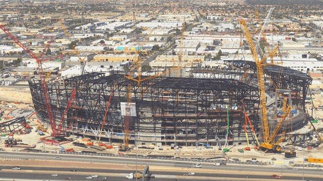 UFC plánuje show na otevřeném stadionu v Las Vegas