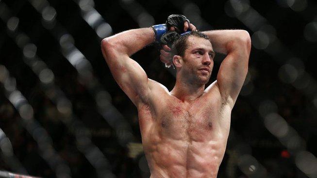 Bývalý šampion se ostře pustil do šéfa UFC a označil ho za tyrana. Zároveň ale pod vedením Khabiba plánuje návrat