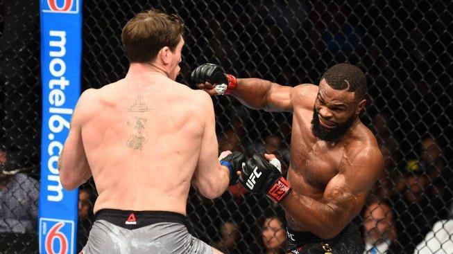 """Na dnešním UFC se v hlavním zápase večera utká """"vyvolený"""" Tyron Woodley s rozjetým Gilbertem Burnsem"""