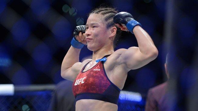 """""""Ona mě potřebuje víc, než já ji,"""" odmítá Zhang bojovat s Jedrzejczyk"""