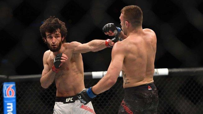 Souboj neortodoxních kopáčů, UFC plánuje zápas Zabit Magomedsharipov versus Yair Rodriguez, vítěz by mohl bojovat o titul