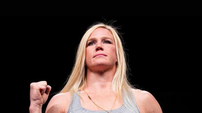 """""""Holm se vrátí na začátku příštího roku,"""" říká o bývalé šampionce UFC její trenér"""
