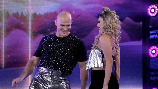 Junior dos Santos vypadl z taneční soutěže a vrací se naplno k trénování MMA
