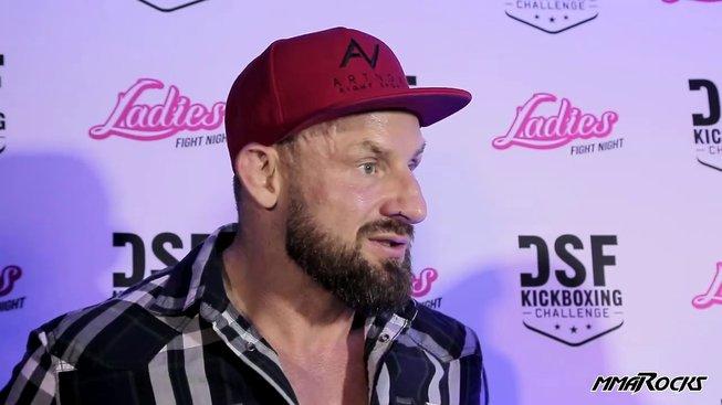 Polský trenér Artur Gwóźdź naznačil další pražské UFC