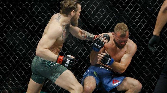 """Cowboy promluvil o prohře s McGregorem: """"Moje srdce je raněné, ale je to chlapský sport a musím to překousnout"""""""